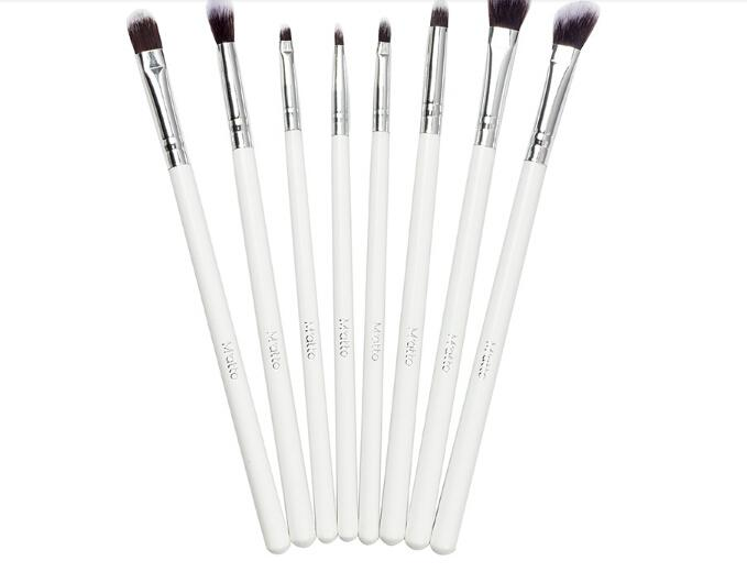 679x530 Professional Matto Eye Makeup Brushes Makeup Brush Set Cosmetics