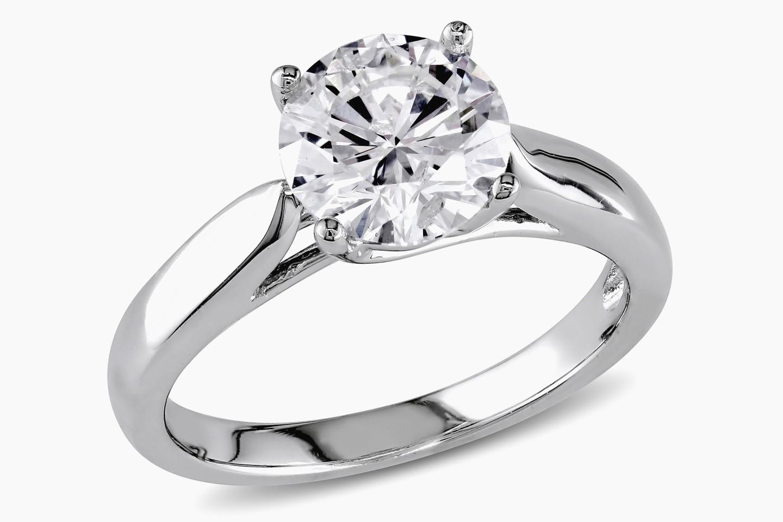 1440x960 Lovely Million Dollar Diamond Ring