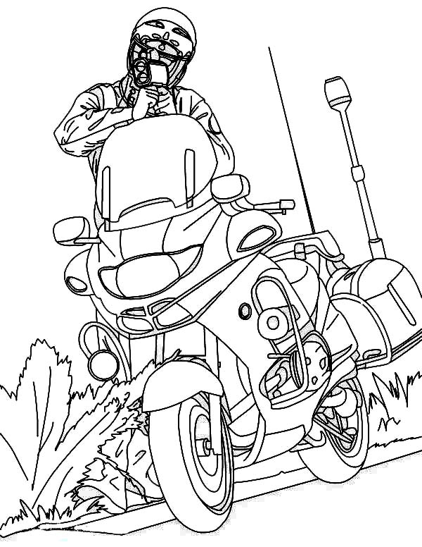 600x776 Police Officer And His Motorcycle Coloring Page