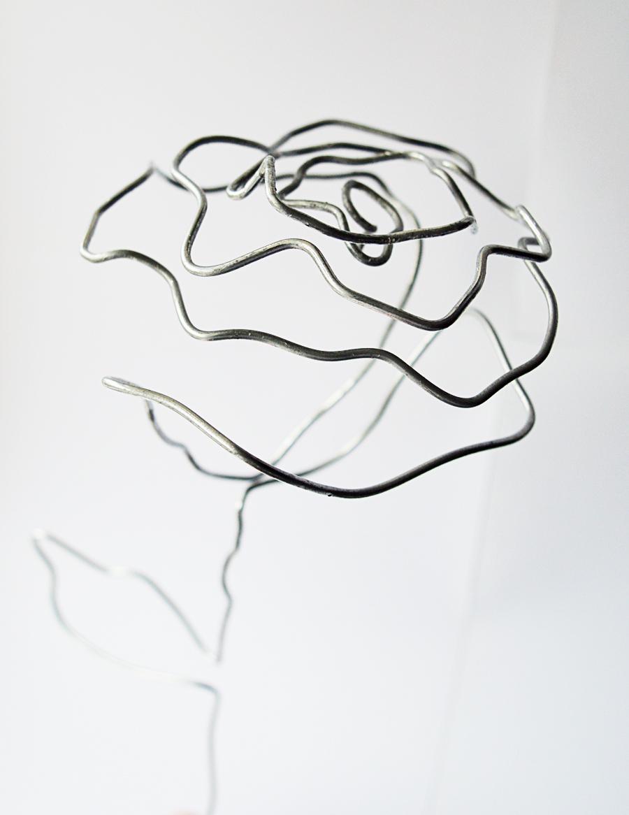 900x1166 Diy Wire Rose Bouquet