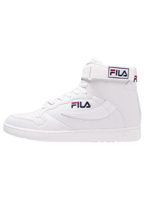 480x692 Fila Reasonably Priced, Durable Soccer Shoes, Exquisite Men