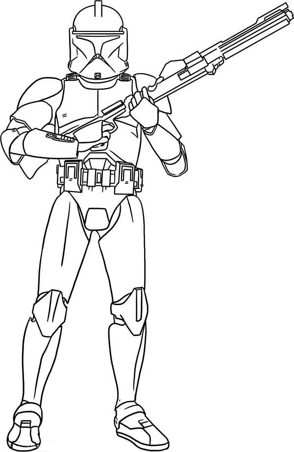 600x920 The Clone Trooper Hold A Gun In Star Wars Coloring Page