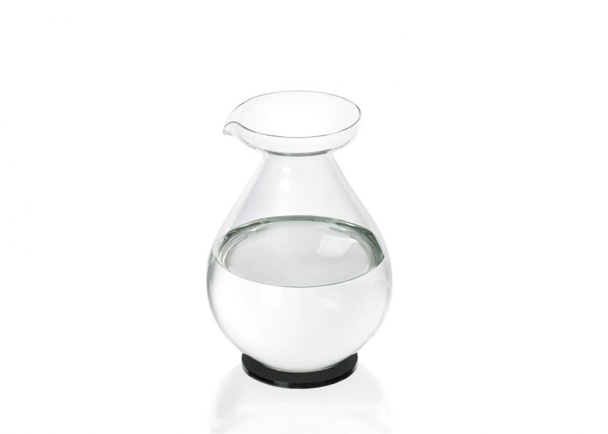 852x609 Bergne Designs Jug Shaped Like Enormous Water Droplet