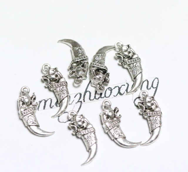 640x585 50pcs Antique Silver Lions Or Wolf Tooth Charm Necklace Amp Pendant