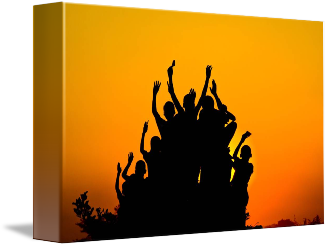 650x489 African Silhouette 2 By Travis Silva