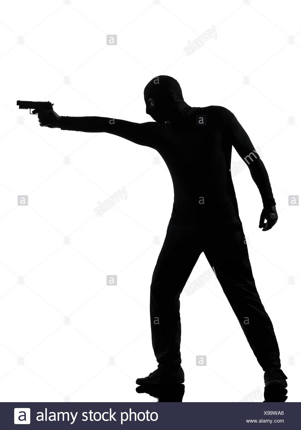 975x1390 Aiming Gun Black And White Stock Photos Amp Images