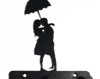 340x270 Couple With Umbrella Etsy