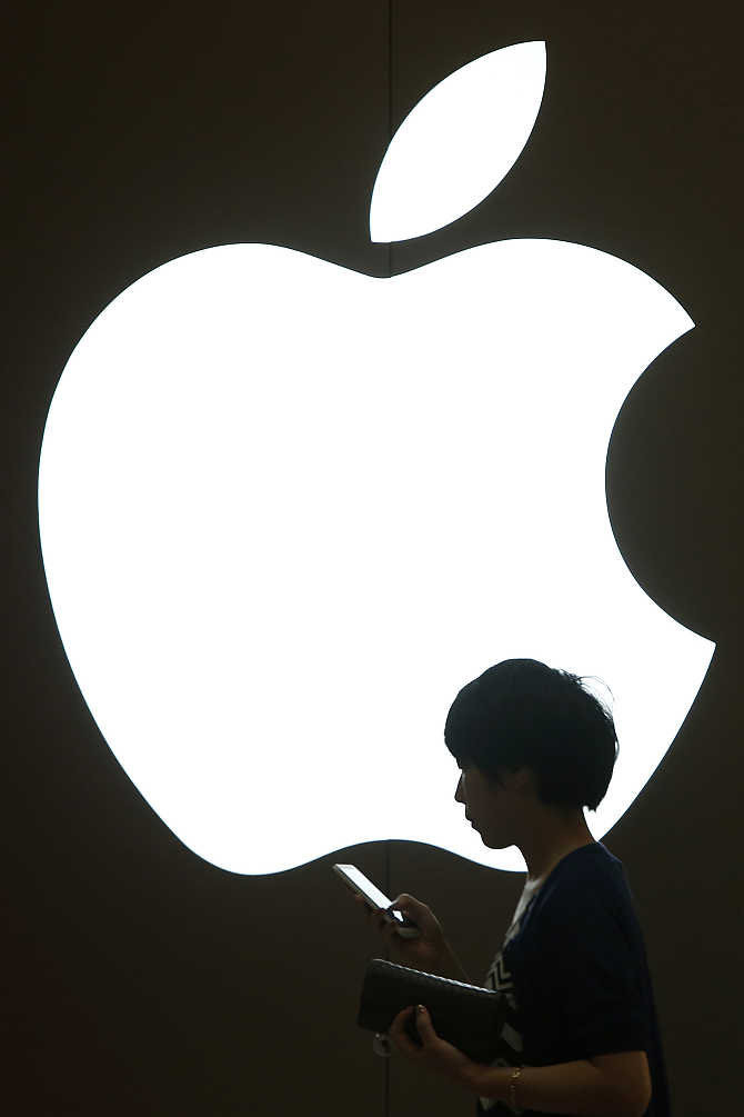 670x1005 Apple Topples Coca Cola To Emerge As World's Best Brand