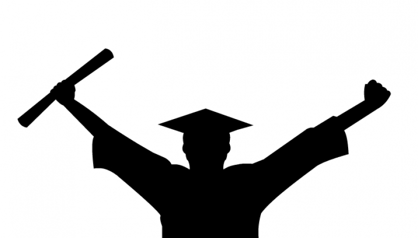 820x468 Clipart Graduate Silhouette