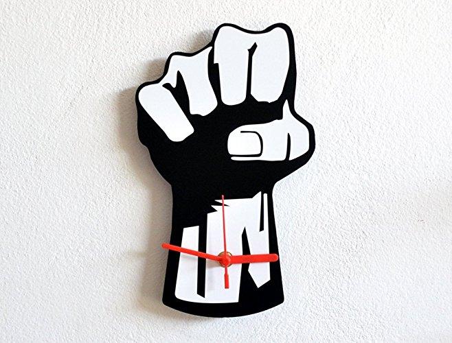 658x500 Fist Revolution Silhouette