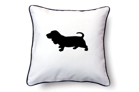 570x378 Basset Hound Pillow 18x18