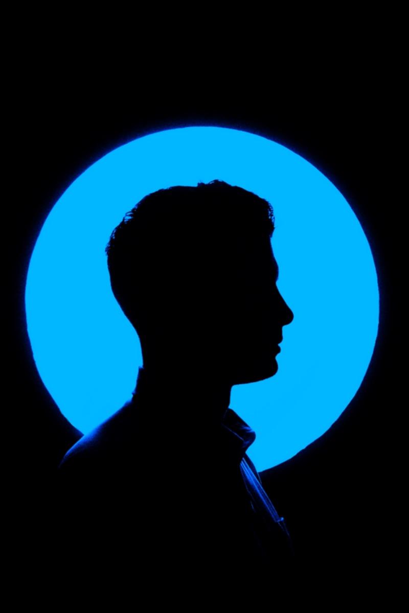 800x1200 Download Wallpaper 800x1200 Man, Profile, Silhouette, Circle