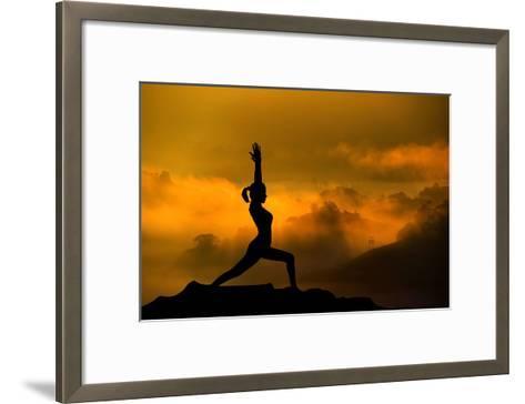 473x364 Silhouette Of Woman Doing Yoga Meditation During Sunrise