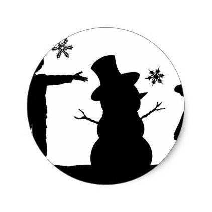 422x422 Kids Making Snowman Christmas Silhouette Scene Classic Round