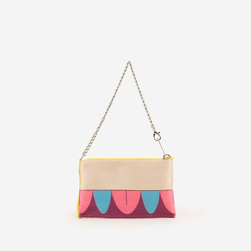 800x800 Harveys For Disney Couture Seatbeltbags