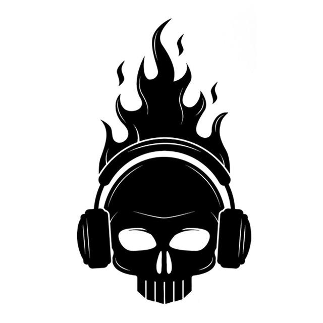640x640 11.5cm18.8cm Interesting Skull Headphones Fire Musical Decor