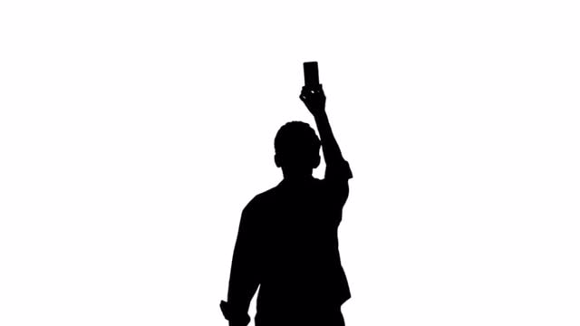 640x360 Silhouette Man Mobile 01
