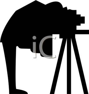 286x300 Silhouette Of A Man With An Old Fashioned Camera