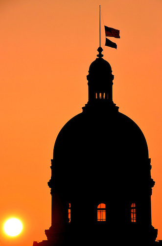 331x500 Indiana State Capitol Building Dome Silhouette