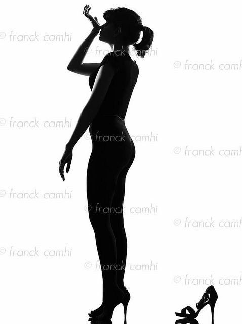 478x640 Silhouette Woman Smelling Perfume Perfume Perfume