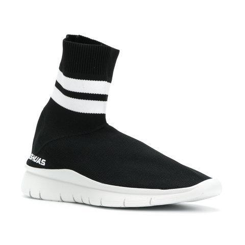 480x480 Sneakers Pumpz Amp Company