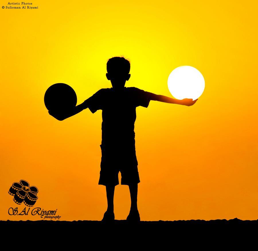 900x878 Balls . Child Playing Sunrise Sunset Silhouette