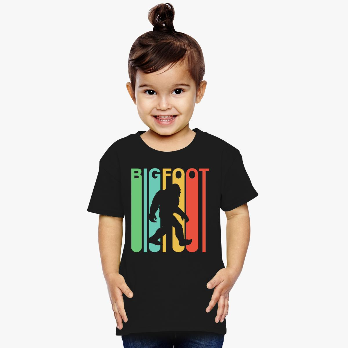 1200x1200 Vintage Retro 1970s Style Rainbow Bigfoot Silhouette T Shirt