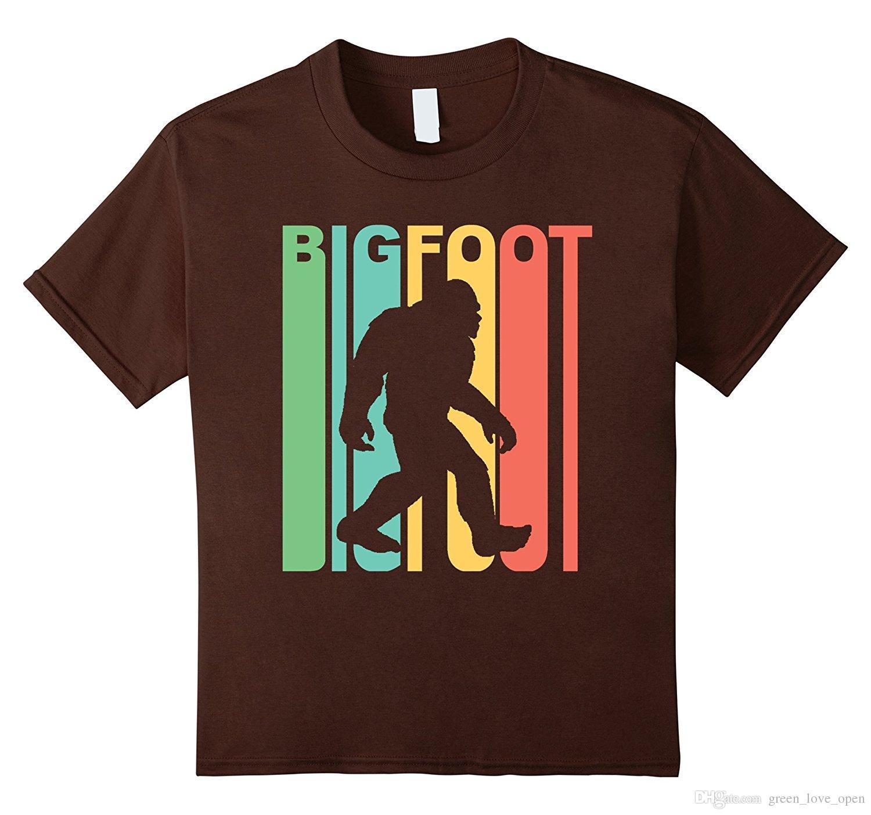 1500x1403 Vintage Retro 1970s Style Rainbow Bigfoot Silhouette Men's Fashion