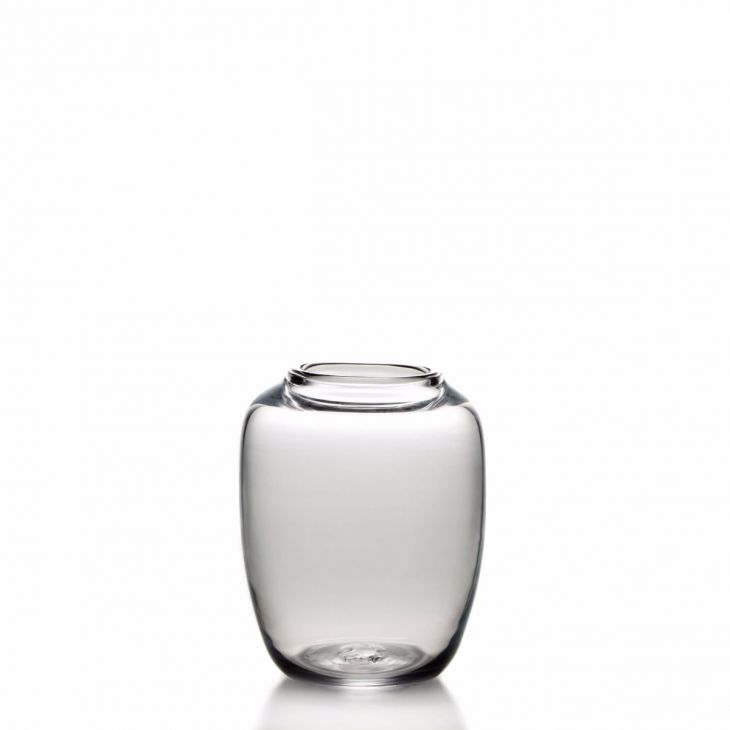 730x730 Nowlan Vase