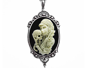 340x270 Gothic Victorian Ivory Rose Silhouette Cameo Necklace
