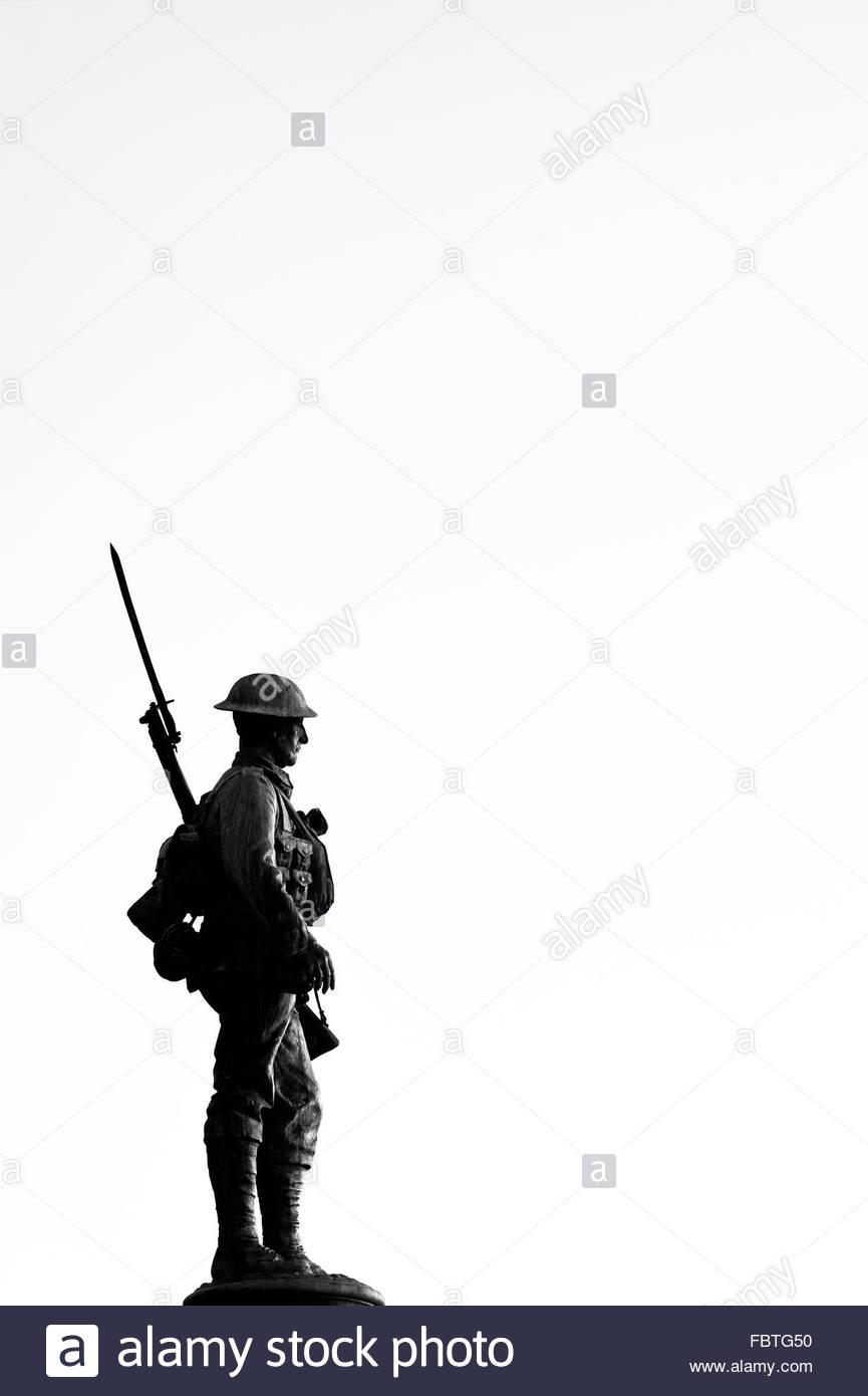 865x1390 Solider Statue Silhouette. World War 1 And 2 Memorial. Evesham