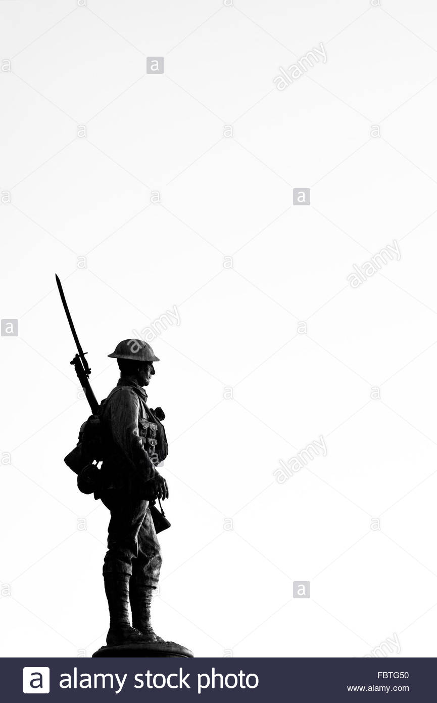 865x1390 Solider Statue Silhouette. World War 1 And 2 Memorial. Evesham