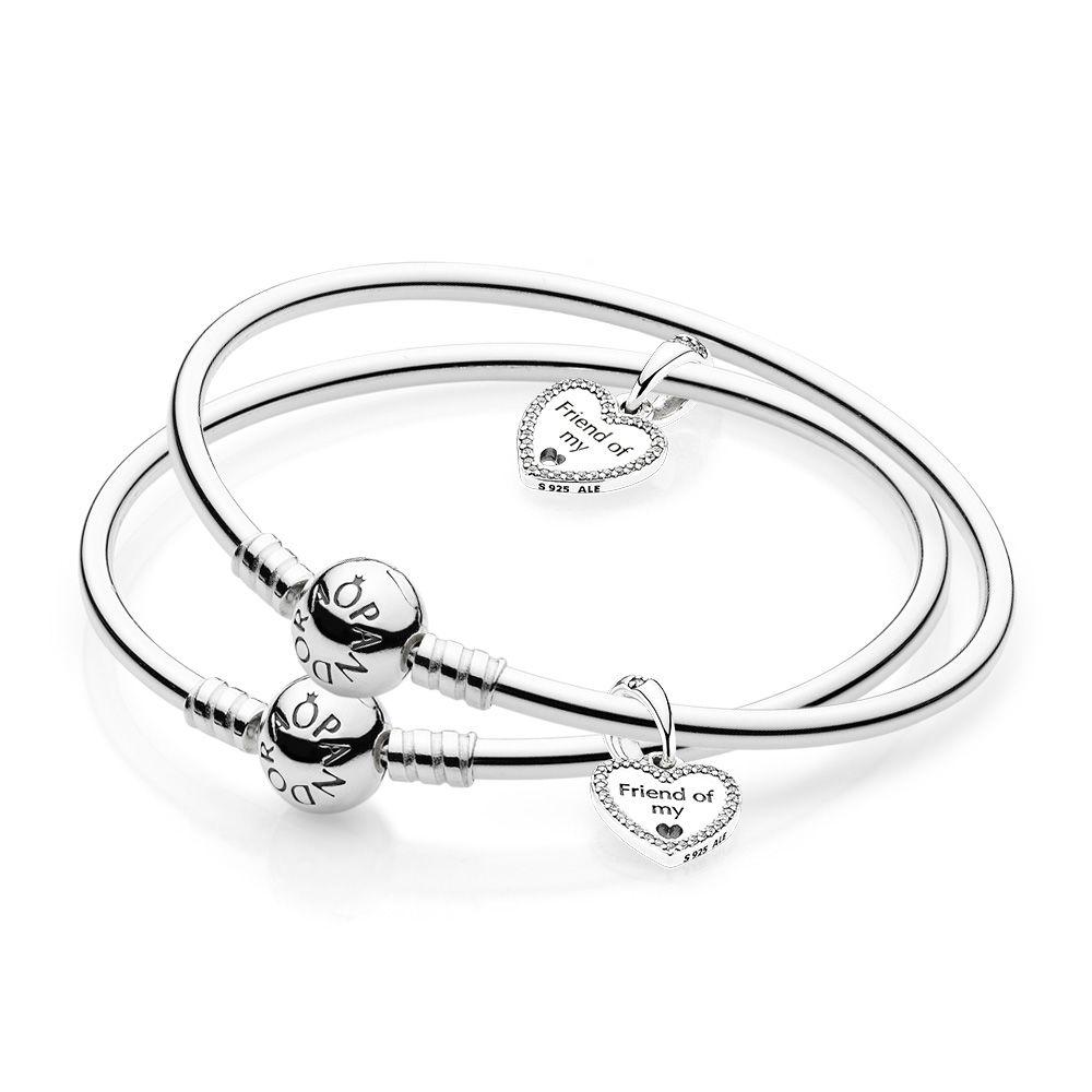 faebf8ec8 1000x1000 Friends Forever Bangle Gift Set Pandora E Store Pandora Estor
