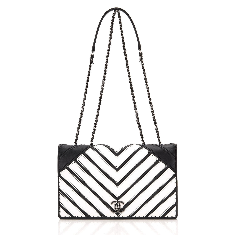 9f841f094e66 1500x1500 Chanel Black White Chevron Couture Flap Bag Madison Avenue Couture