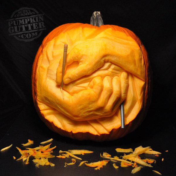 600x600 Creative Pumpkin Carvings Inspired By Famous Art