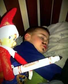 236x288 Now This Is How To Do Elf On The Shelf!!!!!! Holiday Lt3