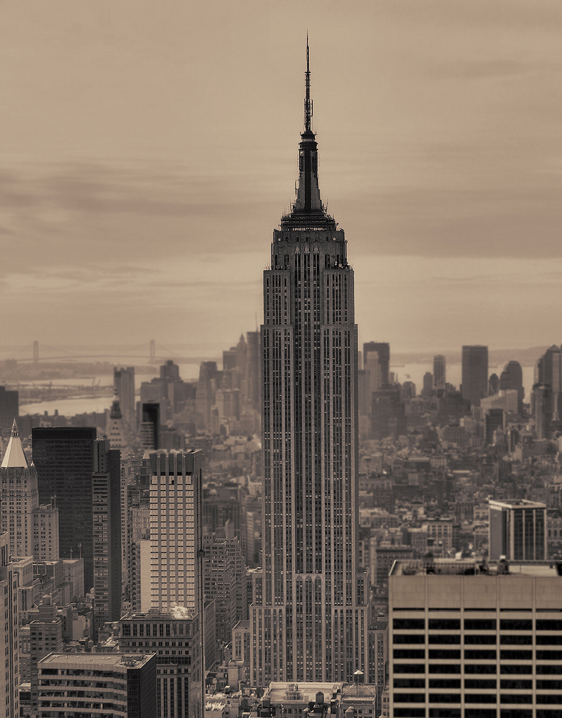 802x1024 Midtown The Empire State Building 443m 1454ft 102 Fl Com