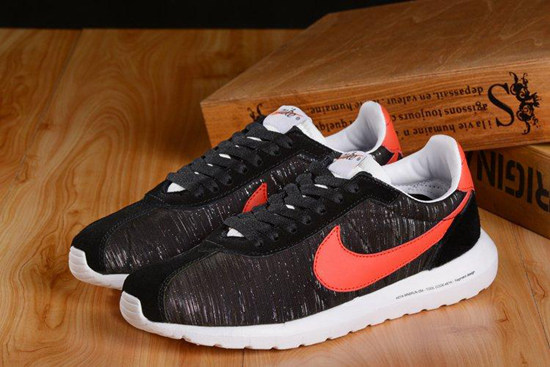 low priced 1d0e3 e33ee 550x367 Website U Nike Roshe Run Frgmt 3 Fragment Design Retro Drawing