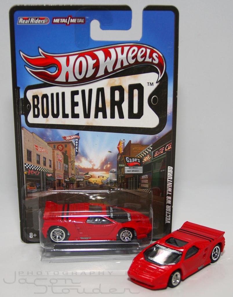 804x1024 Hot Wheels Boulevard Vector W8 Twin Turbo