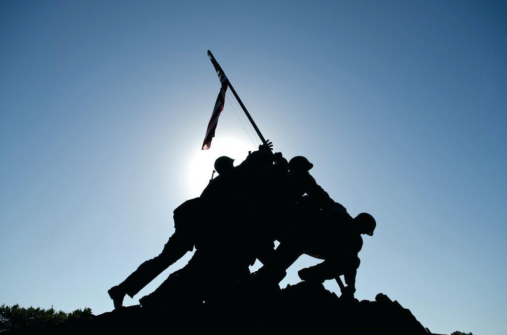 1024x678 Iwo Jima Silhouette Marine Corps War Memorial By Vector Nicolegeorge