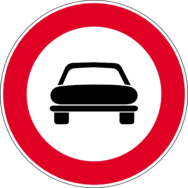 640x640 No Entry For Light Vehicles Vector Sign