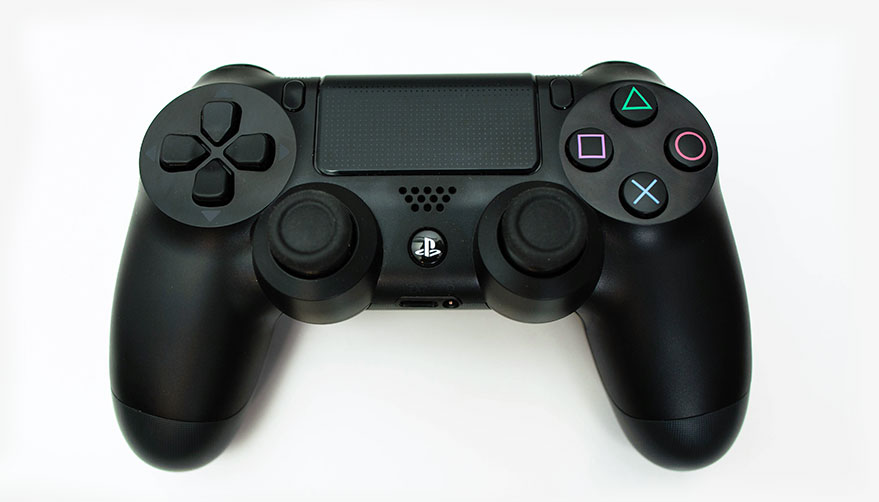 879x502 The Controller Playstation 4 Review Polygon