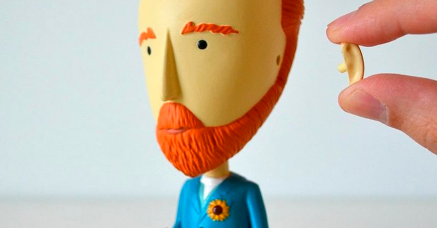 900x471 Vincent Van Gogh Action Figure With Detachable Ear Is Stealing