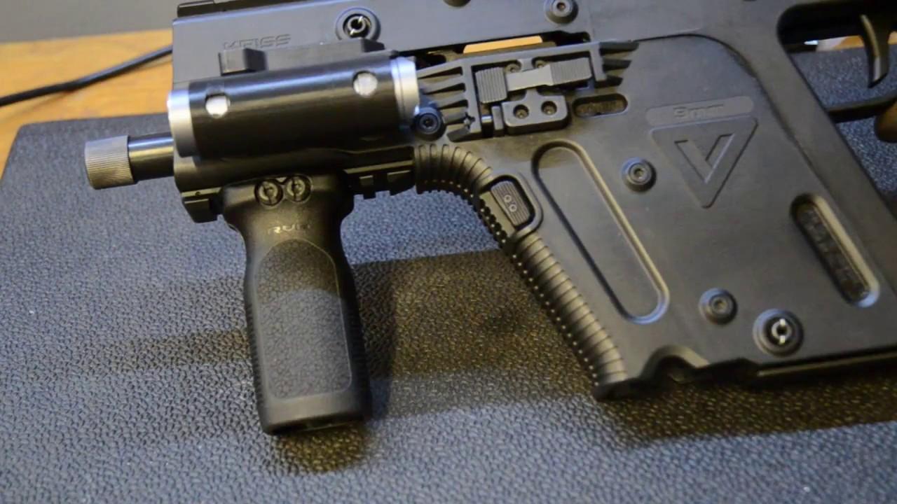 1280x720 Kriss Vector Low Profile Flashlight Holder
