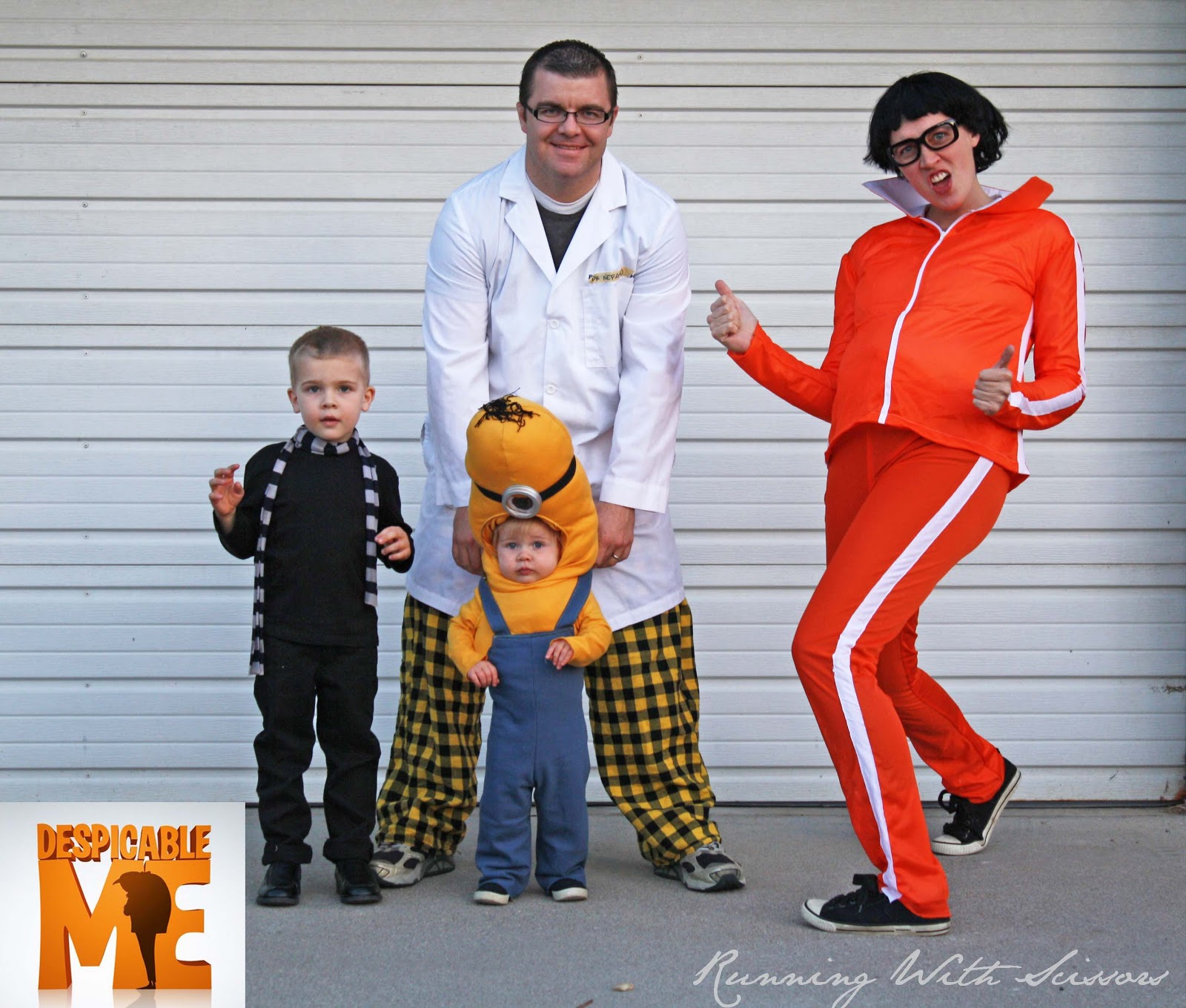 1600x1360 Running With Scissors Despicable Me And Maternity Halloween Costume