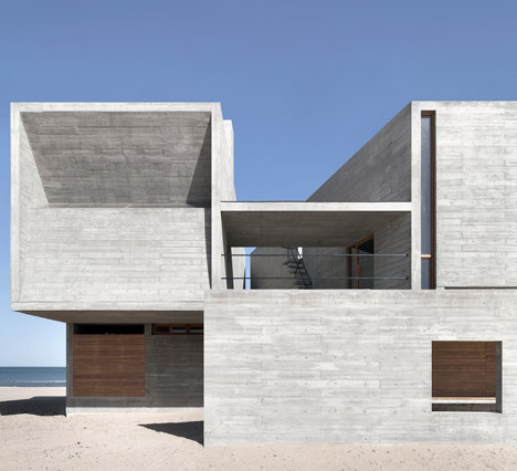 468x426 Vector Architects Completes A Concrete Seaside Library