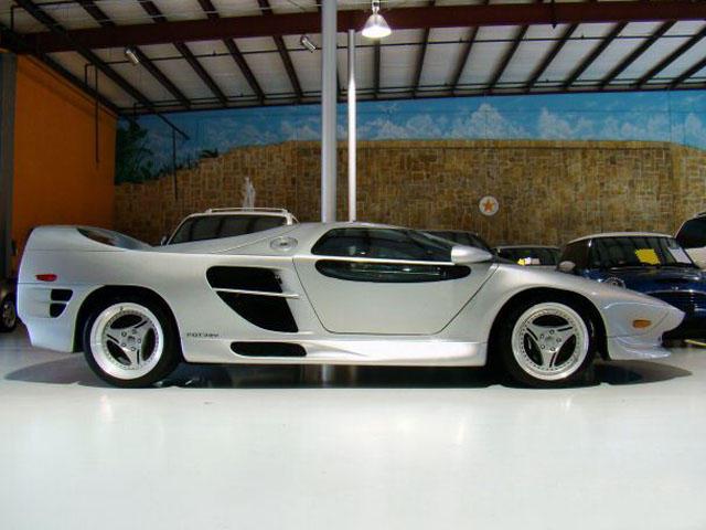 640x480 Boutique Supercars Vector M12