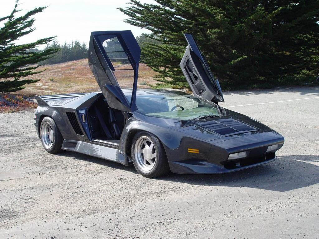 1024x768 1992 Vector W8 Top Speed