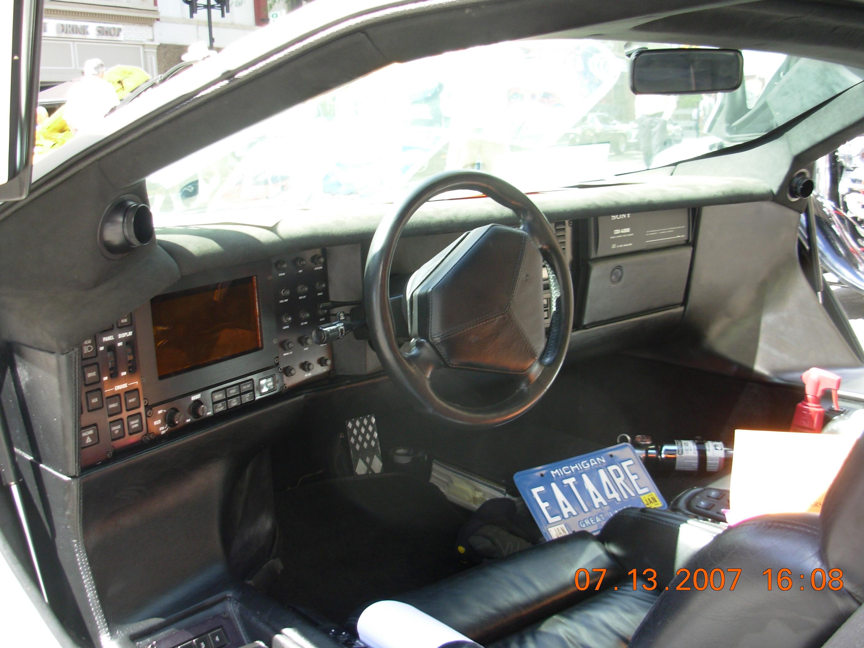 2816x2112 Filevector W8 Twin Turbo Interior1.jpg