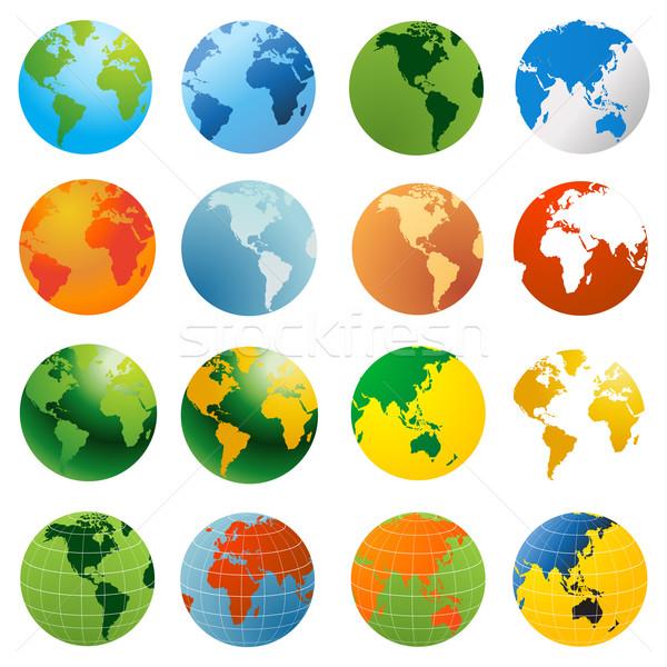 600x600 World Globe Vector Illustration Vector Illustration Edmond Mihai